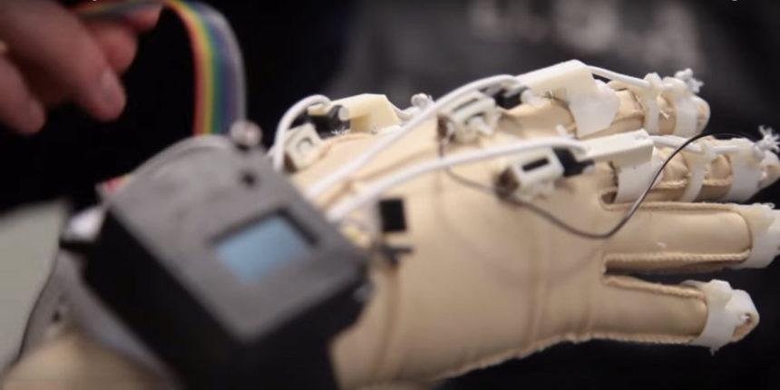 Print'Hand, le gant bionique imprimable en 3D des étudiants de l'ISEN Lille
